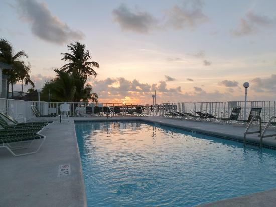 Key Colony Beach Motel: piscine