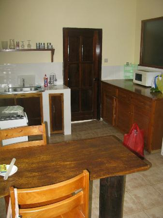Mango Lodge: La cucina