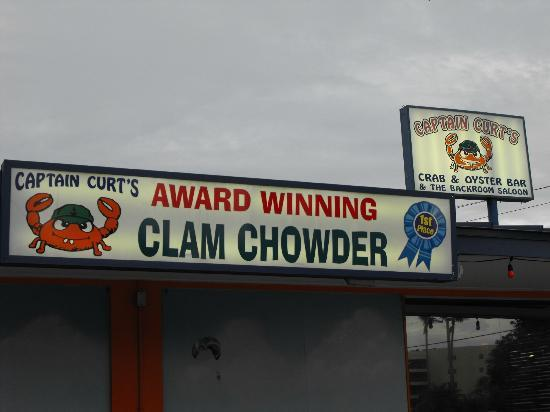 Captain Curt's Crab & Oyster Bar : The clam chowder deserved its awards