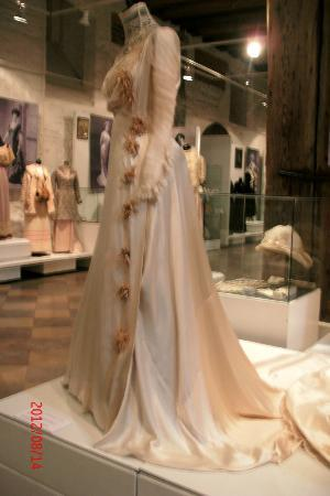 Museum of Decorative Art and Design: Art Nouveau clothing  (temporary exhibit)