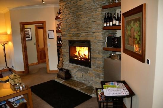 The Dairy Private Hotel: A terrific fire was built to warm us after our cold walk.