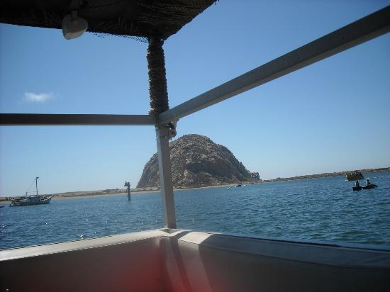 Bay Cruisers - Lost Isle Adventure Tours : Approaching the rock.