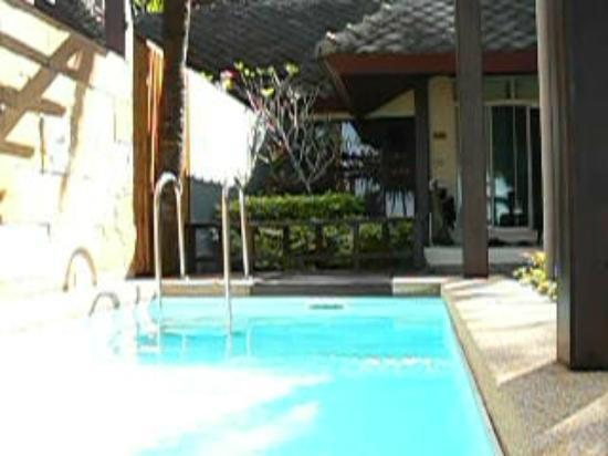 Andaman White Beach Resort: plunge pool