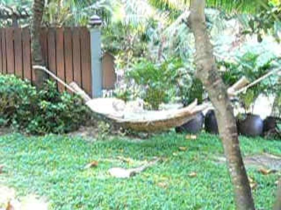 Andaman White Beach Resort: a hammock overlooking the beach in our villa