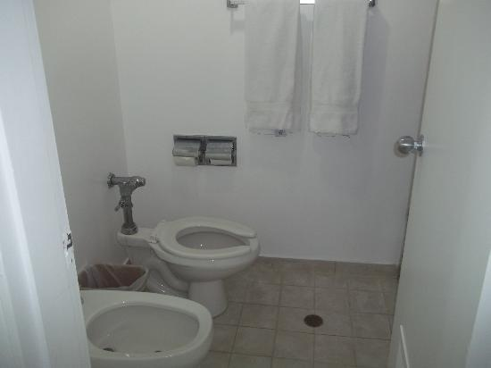 Laguna Mar: bathroom