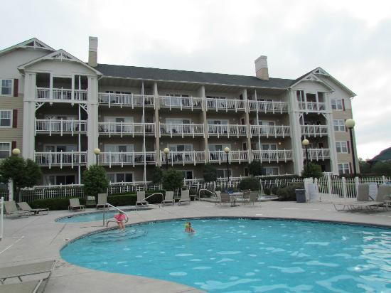 Sunrise Ridge Resort: One of the main buildings