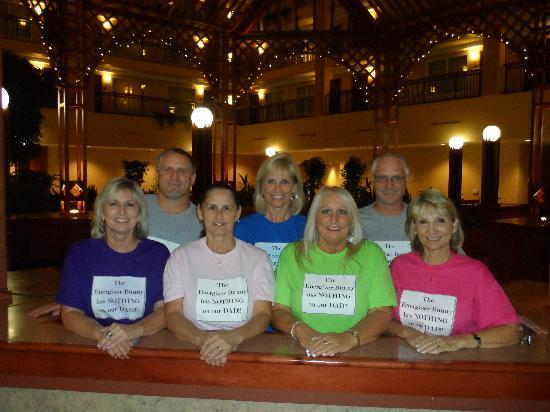 Embassy Suites by Hilton Cleveland Rockside: Seven Siblings Supporting Their Dad
