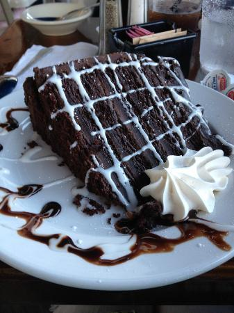 The Barnacle : Superb chocolate cake - huge slice!