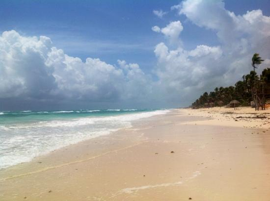 Kore Tulum Retreat and Spa Resort: beach 5 mins from resort