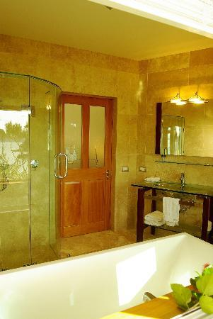 Allview Lodge: Island View Ensuite