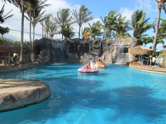 Maui Golf & Sports Park : Bumper Boat Fun