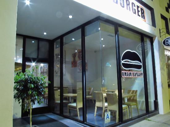Umami Burger : ウマミバーガー ハモサビーチ ロサンゼルス よこはましょうま