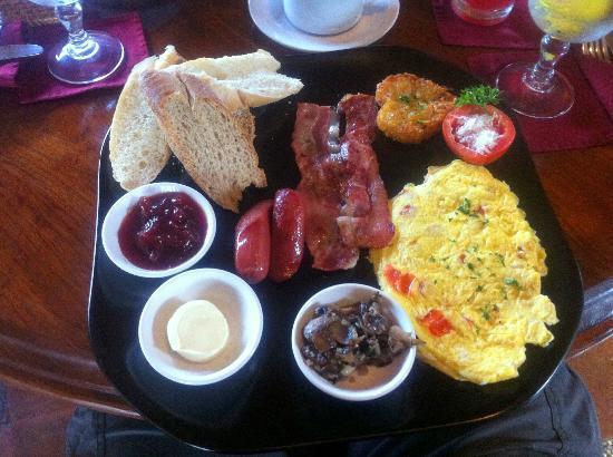 จุงจุงกัน บาหลี โฮเต็ล แอนด์ สปา: Big breakfast!