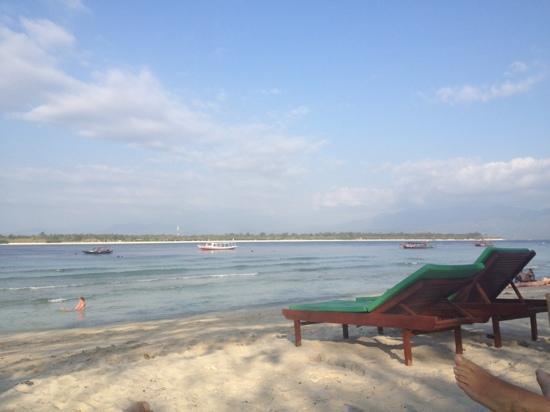Balenta Bungalows: playa del hotel