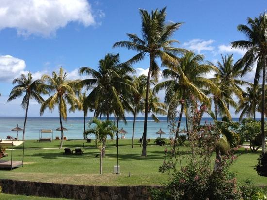 Sofitel Mauritius L'Imperial Resort & Spa: ...dal balcone della ns. camera!