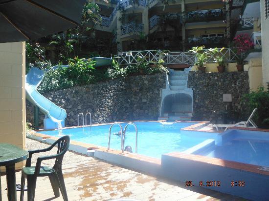 Suva Motor Inn : pool