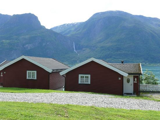 Viki Fjordcamping and Cabins: Cabin no 12 and 13.