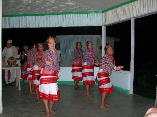 Resort Murti: Cultural Program in the evening