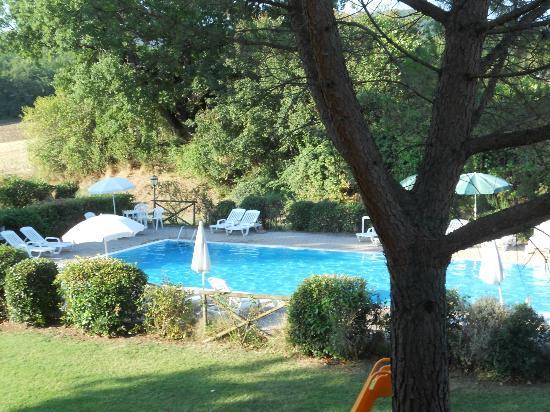 Residence Selvatellino: la piscina 