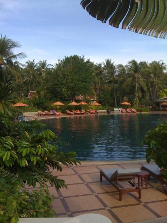Santiburi Beach Resort & Spa: Piscina