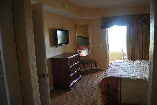 Vacation Village at Parkway: bed room
