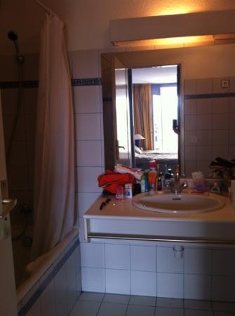 Le Tilbury : Salle de bain