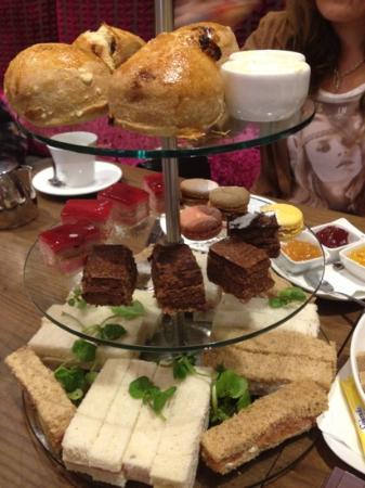 2 Bridge Place: Afternoon tea with dry sandwiches