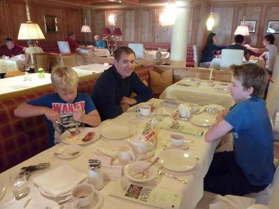 Hotel Salzburgerhof: breakfast