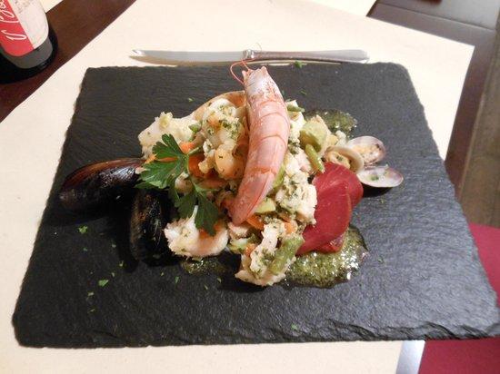 Dalla Padella alla Brace : piatto della tradizione:cappon magro