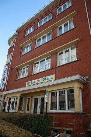 Hotel Du Soleil : façade avant