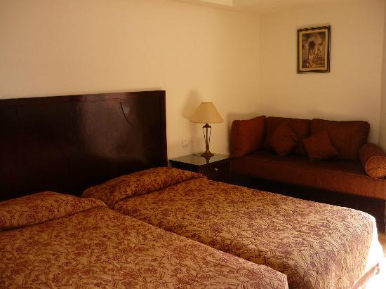 Golden Tulip Farah Marrakech: Chambre d'hôtel