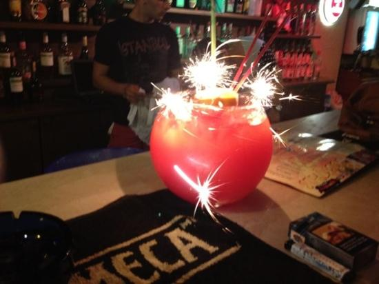 Club Amaris: fish bowl at bar 60 Tl