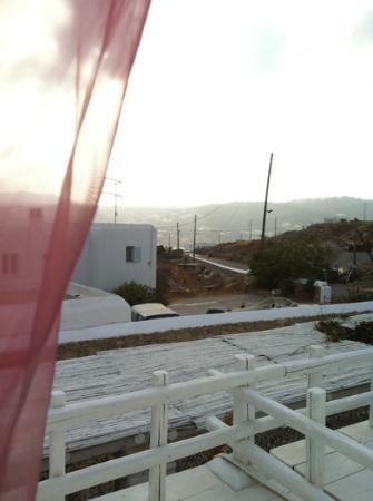 Ξενοδοχείο Αψέντι Μύκονος - Μόνο Ζευγάρια: vista dalla camera 7: molto triste