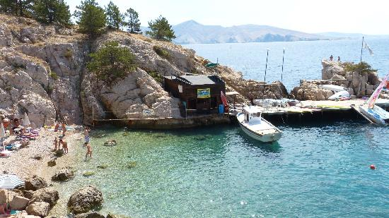 Krk Island, Croacia: Diving center camping