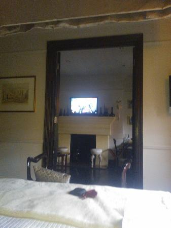 No.11 Cadogan Gardens: view from bed to main room