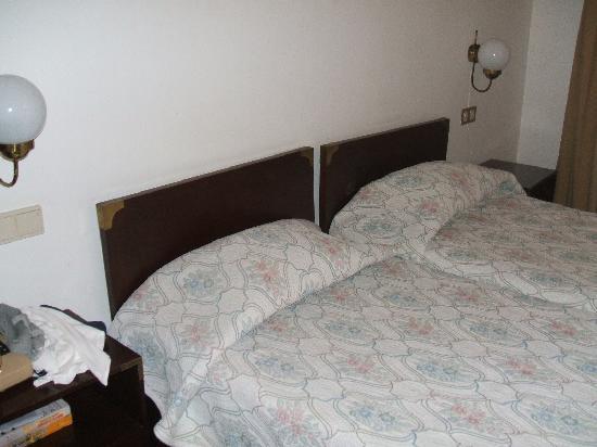 Albergaria Insulana: room