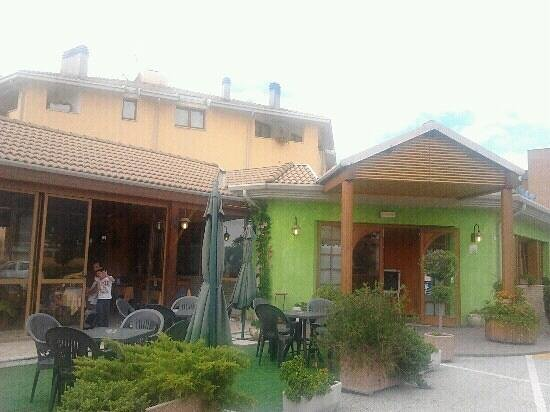 bar ristorante pizzeria LA PERLA: la perla gemona del friuli