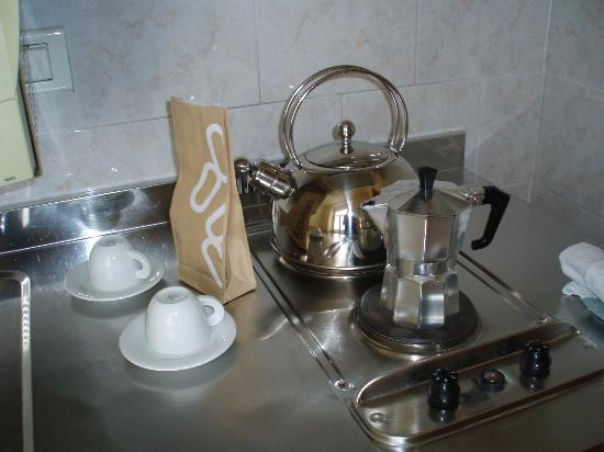 Residence Liberty: Café de bienvenida