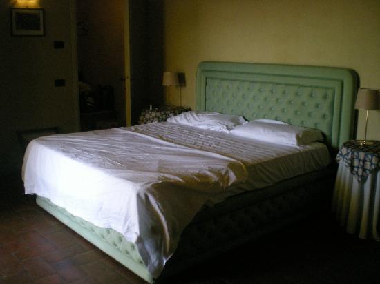 Il Trebbiolo Relais: Chambre standard Borgo