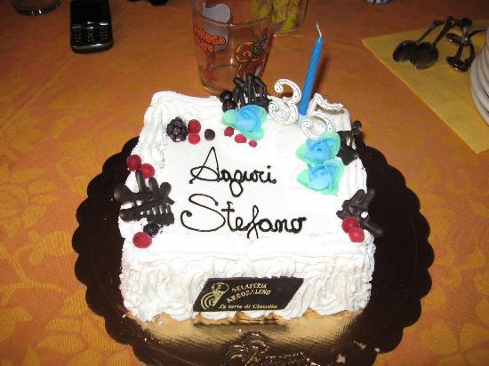 Gelato Arcobaleno: torta compleanno!