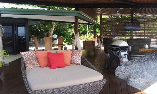 East Bedarra Island Retreat: The deck