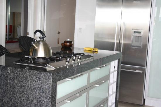 East Bedarra Island Retreat: Great kitchen