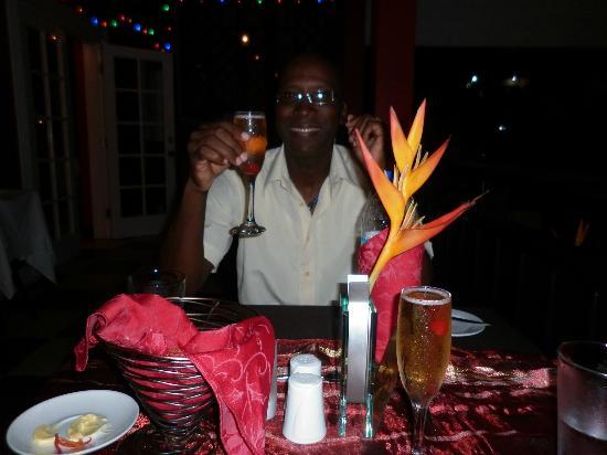 Trios Caribbean Fusion Restaurant : Cheers!!!