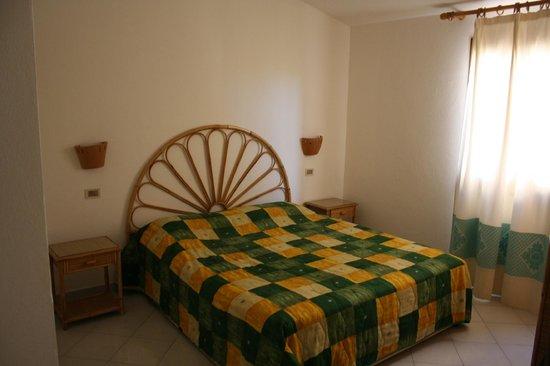 Residence Le Rondini : camera