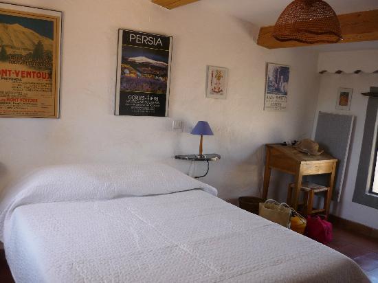 Hotel Les Remparts : chambre