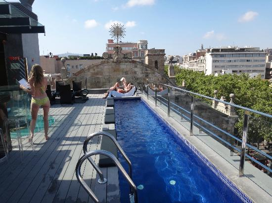 The view to las ramblas below picture of hotel bagues for Pool show barcelona