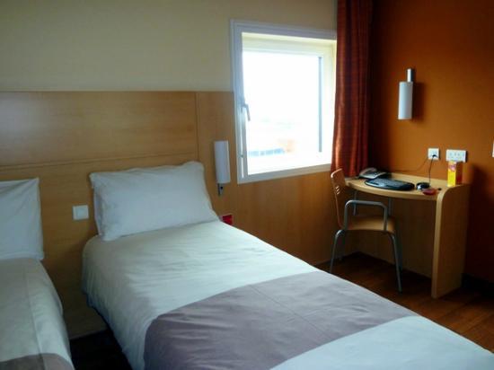 Ibis Aberdeen Centre: comfy beds