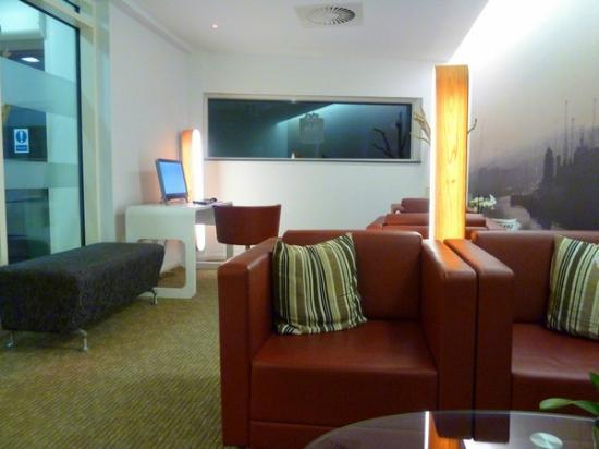 Ibis Aberdeen Centre: comfortable lounge