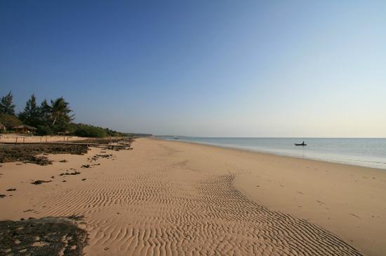 Villas do Indico Ocean Eco-Resort & Spa: Beach in front of the villas