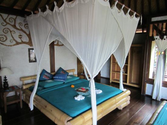 Swasti Eco Cottages: la chambre nyoman, à l'étage 
